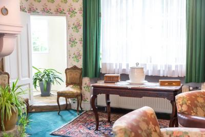 What Colour Schemes Work with Shabby Chic?